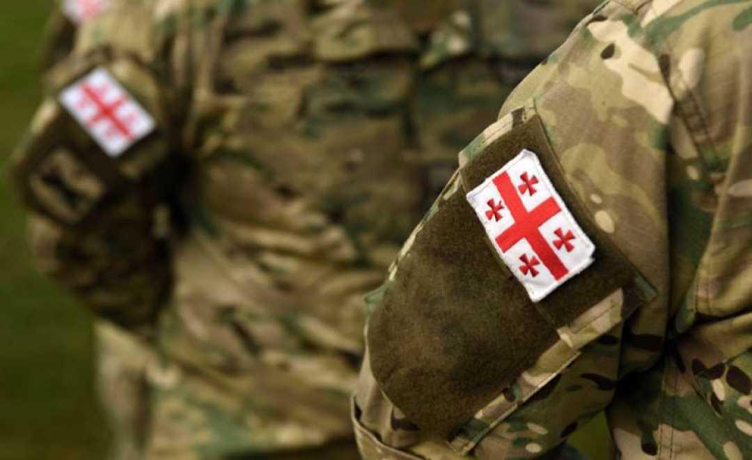 დამცირება და ფიზიკური ძალადობა ჯარში - სამხედროებზე ძალადობის ბრალდებით პოლიციელები დააკავეს
