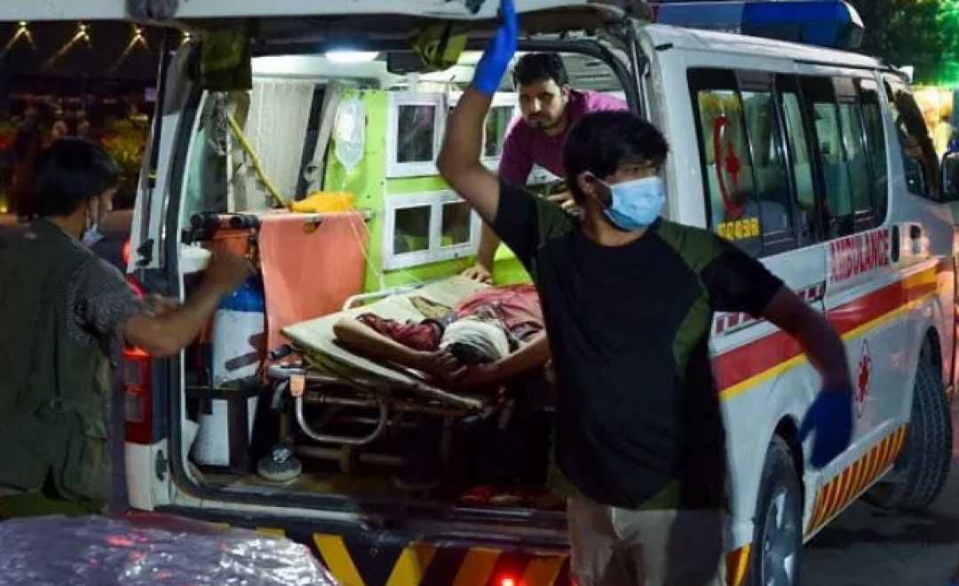 ქაბულის აეროპორტთან თავდასხმას 60 ადამიანის სიცოცხლე ემსხვერპლა